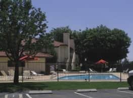 Quailwood Apartments - Bakersfield