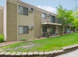 Cedar Creek Apartments - Chaska