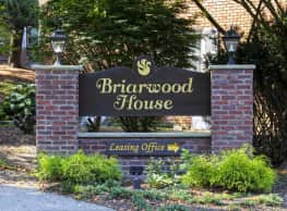 Briarwood House Apartments - Goshen