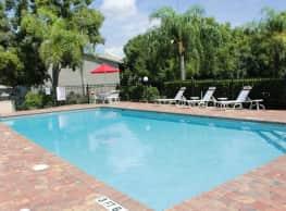 Pinnacle Estates  & Seville Apartments - Fort Myers