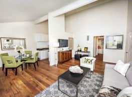 Oakview Apartments - Westlake Village
