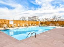 The Landmark - Albuquerque