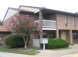 Cunningham Apartments - Hampton