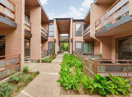 Ventana Canyon Apartments - Dallas