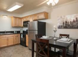 Highland Pinetree Apartments - Fullerton