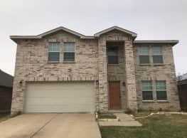 1300 Gayle Street, Burleson, TX, 76028 - Burleson