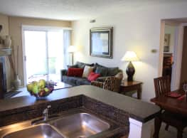 Hidden Lakes Apartment Homes - Miamisburg