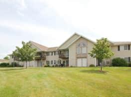Whitespire Grove Apartments - Schofield