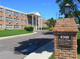 Aquila Park Apartments - Minneapolis