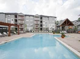 SpringHouse Apartments - Lyndon