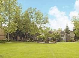 Larkspur Woods - Sacramento