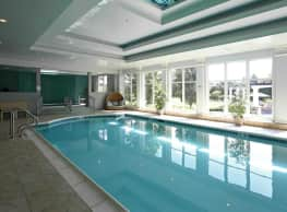 Regency Place Apartments - Oakbrook Terrace