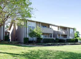 Tree House - Longview