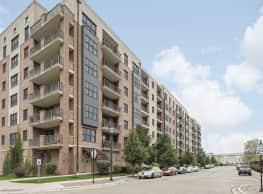 Cardinal Square Rental Community - Mundelein
