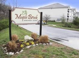 Maple Brook Apartments - Lyndon