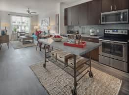 IMT Maitland Pointe Apartments - Altamonte Springs