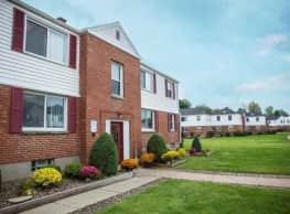 Princeton Court Apartments - Amherst