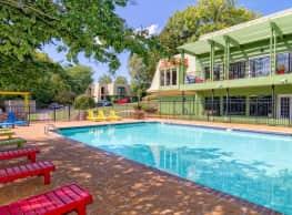 Cedars at Elm Hill - Nashville