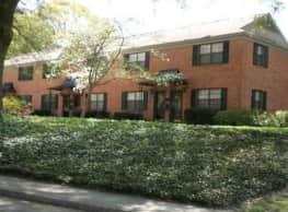 Roswell Court Condos - Atlanta
