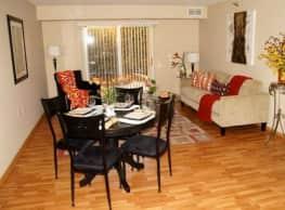Powers Ridge Condominiums - Chanhassen