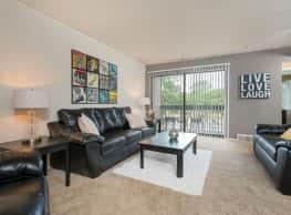 Weathervane Apartments - Clinton Township