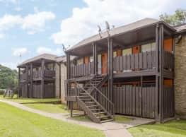 Hillside Village Apartments - Texarkana