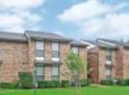 Oak Tree Condominiums - Carrollton