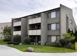 Park Plaza Apartments - Lincoln Park