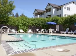 Lindell Court Apartments - Spokane