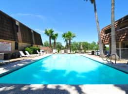 Arroyo Apartments - Kingsville