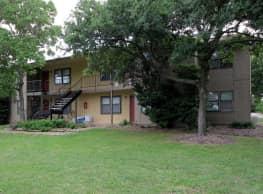 Lakeshore Villa Apartments - Rowlett