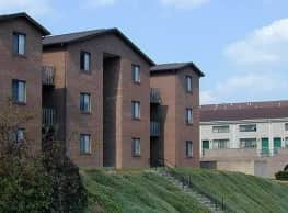 Scotts Run Apartments - Radford