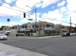 Orange Avenue Apartments - Long Beach