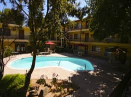 University Hills Apartments - Riverside