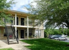 Plantation Oaks - College Station