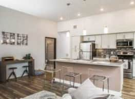 Clinton West Luxury Apartments - Cleveland