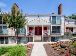 Preston Square Apartments - Charlottesville