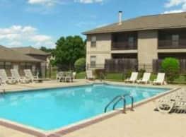 Cedar Creek Village Apartments - Shreveport