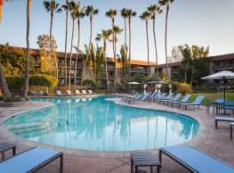 Harbour Lights Resort Apartments - Huntington Beach