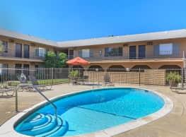 Buena La Vista Apartment Homes - Buena Park
