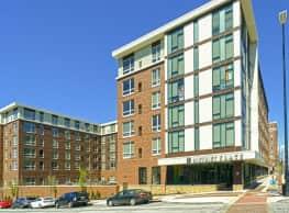 District Flats Apartments - Columbia