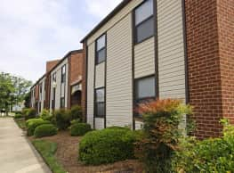 Pembroke Lake Apartments - Virginia Beach