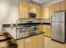 7 West Apartments - Minneapolis
