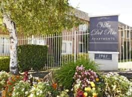 Villa Del Rio Apartments - Sacramento
