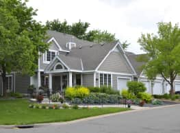 Seasons Villas Apartments & Townhomes of Woodbury - Woodbury