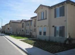 Seabreeze Apartments - Lompoc