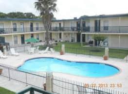 Meridian Apartments - Victoria