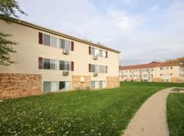 Edgewood Park Apartments - Pontiac