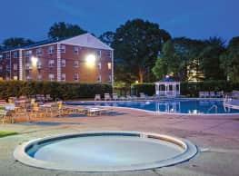 Chestnut Hill Village Apartments - Philadelphia