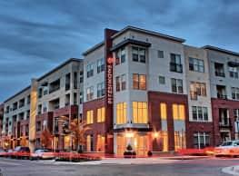 21 Fitzsimons Apartment Homes - Aurora